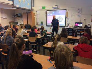 Flevoschool-2016-1-Vuurwerkvoorlichting